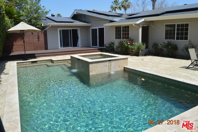17040 Countess Place, Encino, CA 91436 (MLS #18336542) :: Team Wasserman