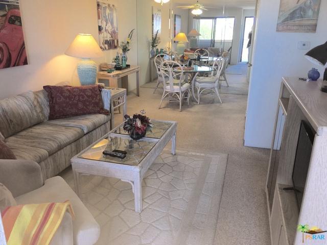 675 N Los Felices Circle #206, Palm Springs, CA 92262 (MLS #18351552PS) :: Brad Schmett Real Estate Group