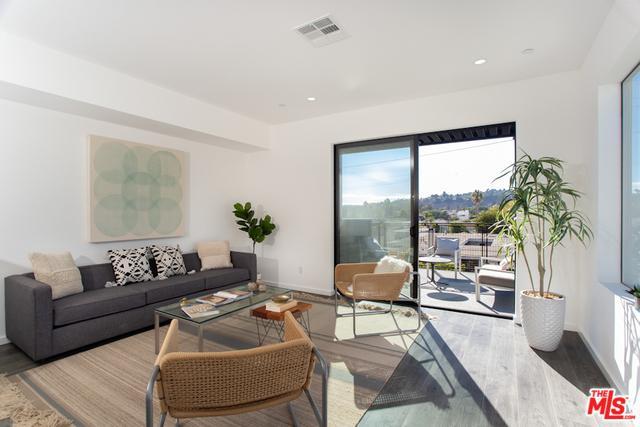 313 S Avenue 57, Los Angeles (City), CA 90042 (MLS #18388758) :: Hacienda Group Inc