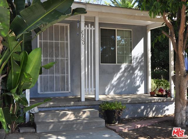 8700 Haddon Avenue, Sun Valley, CA 91352 (MLS #18389322) :: Team Wasserman