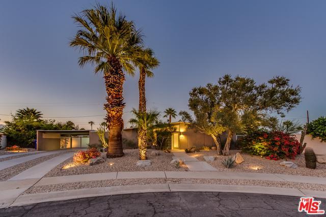 888 E Janet Circle, Palm Springs, CA 92262 (MLS #18401954) :: Brad Schmett Real Estate Group