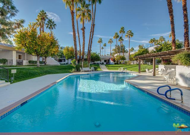 5301 E Waverly Drive #128, Palm Springs, CA 92264 (MLS #19418318PS) :: The Jelmberg Team