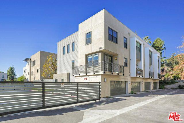 3943 Eagle Rock #44, Los Angeles (City), CA 90065 (MLS #19420580) :: The John Jay Group - Bennion Deville Homes