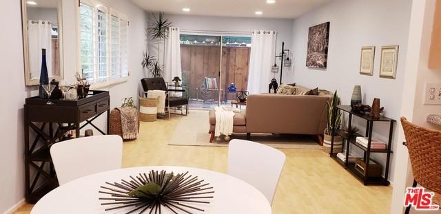 6708 Hillpark Drive #203, Los Angeles (City), CA 90068 (MLS #19423212) :: The John Jay Group - Bennion Deville Homes