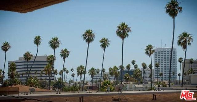 630 Idaho Avenue #308, Santa Monica, CA 90403 (MLS #19425574) :: Hacienda Group Inc