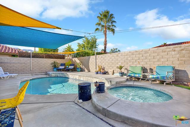 1464 E Gem Circle, Palm Springs, CA 92262 (MLS #19428192PS) :: Brad Schmett Real Estate Group
