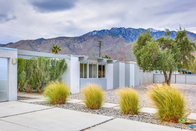 1077 E Francis Drive, Palm Springs, CA 92262 (MLS #19428624PS) :: Brad Schmett Real Estate Group