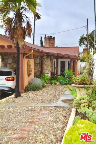 2820 W Chandler, Burbank, CA 91505 (MLS #19443984) :: Hacienda Group Inc