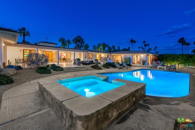 377 Camino Del Sur, Palm Springs, CA 92262 (MLS #19444636PS) :: Brad Schmett Real Estate Group