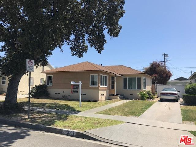 3332 W 115th Street, Inglewood, CA 90303 (MLS #19454982) :: Deirdre Coit and Associates