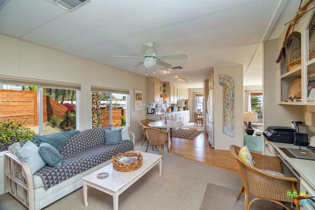 43 Country Club Drive, Palm Desert, CA 92260 (MLS #19455274PS) :: Deirdre Coit and Associates