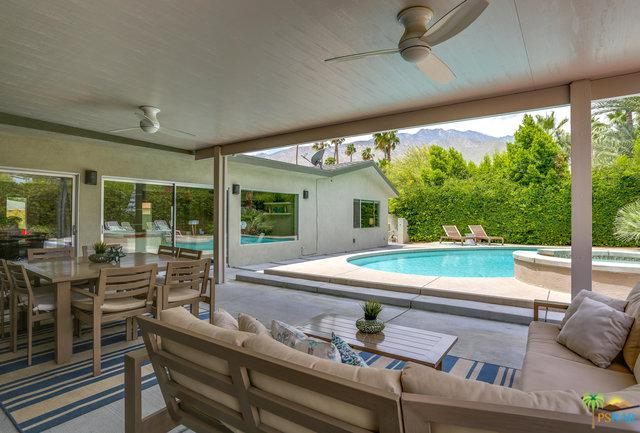 1060 E Marshall Way, Palm Springs, CA 92262 (MLS #19465892PS) :: Brad Schmett Real Estate Group