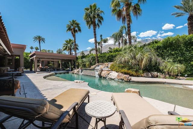 821 N Via Miraleste, Palm Springs, CA 92262 (MLS #19465946PS) :: Brad Schmett Real Estate Group
