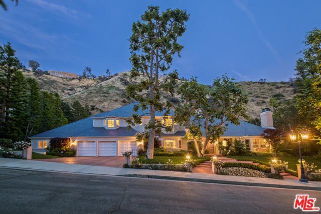 1432 Moraga Drive, Los Angeles (City), CA 90049 (MLS #19467008) :: Deirdre Coit and Associates