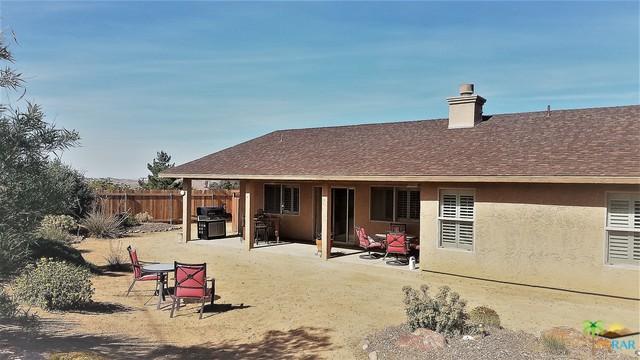 58763 La Mirada, Yucca Valley, CA 92284 (MLS #19467516PS) :: The John Jay Group - Bennion Deville Homes