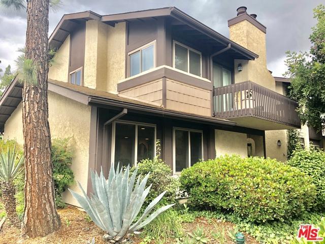 6716 Clybourn Avenue #135, North Hollywood, CA 91606 (MLS #19468226) :: Hacienda Group Inc
