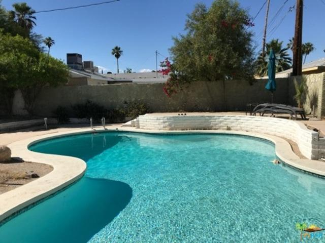 3520 E Sunny Dunes Road, Palm Springs, CA 92264 (MLS #19470680PS) :: The John Jay Group - Bennion Deville Homes