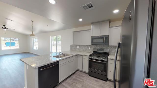 18061 Bold Venture Drive, Tehachapi, CA 93561 (MLS #19470972) :: Deirdre Coit and Associates