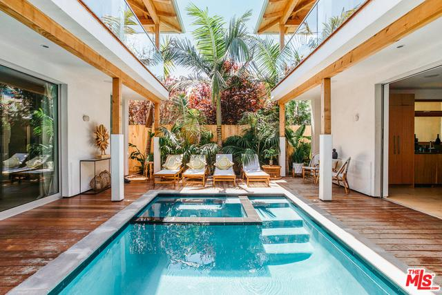 632 Brooks Avenue, Venice, CA 90291 (MLS #19476396) :: Desert Area Homes For Sale