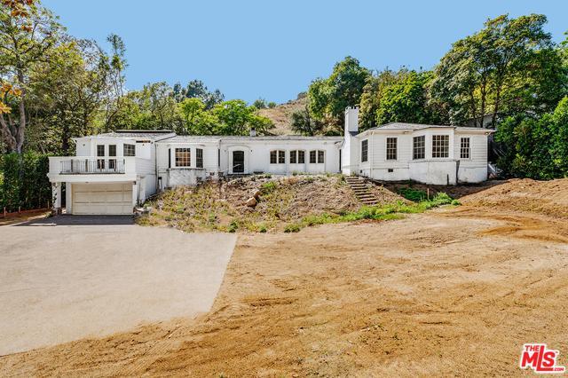 9161 Hazen Drive, Beverly Hills, CA 90210 (MLS #19478244) :: Desert Area Homes For Sale