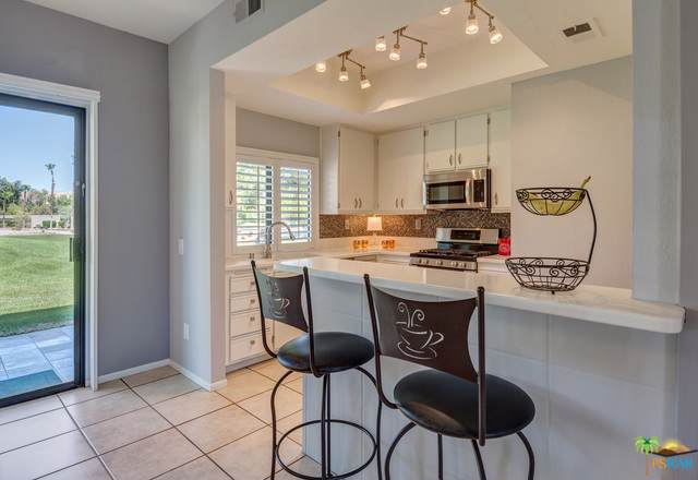28484 Taos Court, Cathedral City, CA 92234 (MLS #19486490PS) :: Brad Schmett Real Estate Group