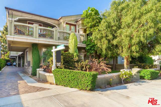 2417 Carnegie Lane B, Redondo Beach, CA 90278 (MLS #19491110) :: The John Jay Group - Bennion Deville Homes