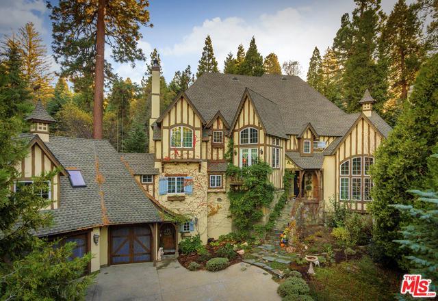29025 Big Cedar Cove, Lake Arrowhead, CA 92352 (MLS #17285760) :: The John Jay Group - Bennion Deville Homes