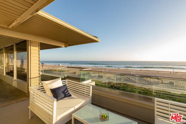 2722 The Strand, Manhattan Beach, CA 90266 (MLS #17288676) :: Hacienda Group Inc