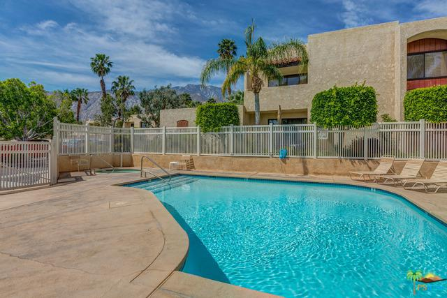 200 E Racquet Club Road #53, Palm Springs, CA 92262 (MLS #18311674PS) :: Deirdre Coit and Associates