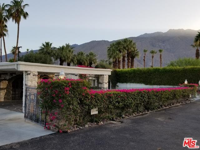 1055 E Paseo El Mirador, Palm Springs, CA 92262 (MLS #18343422) :: The John Jay Group - Bennion Deville Homes