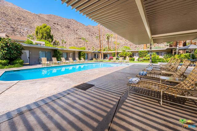 601 W Arenas Road, Palm Springs, CA 92262 (MLS #18348888PS) :: The John Jay Group - Bennion Deville Homes