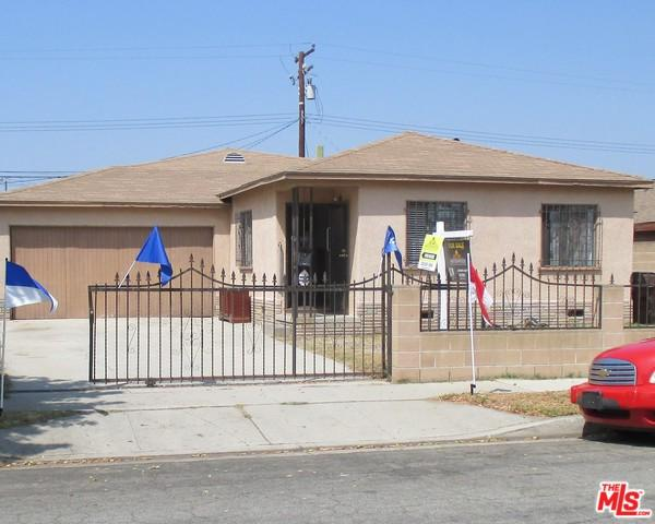 909 W 138th Street, Compton, CA 90222 (MLS #18366488) :: Deirdre Coit and Associates