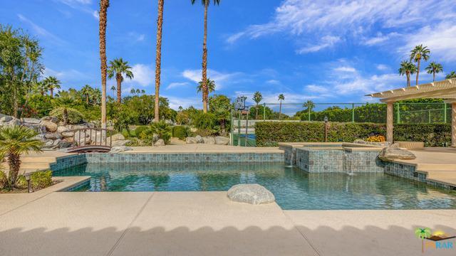 594 W Stevens Road, Palm Springs, CA 92262 (MLS #18403232PS) :: Brad Schmett Real Estate Group