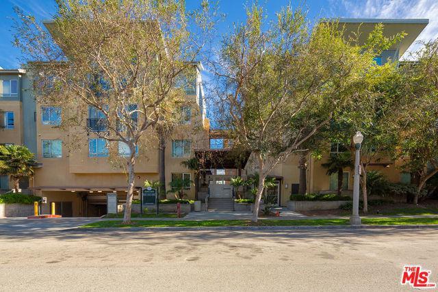6400 Crescent Park East #211, Playa Vista, CA 90094 (MLS #18412242) :: The Jelmberg Team