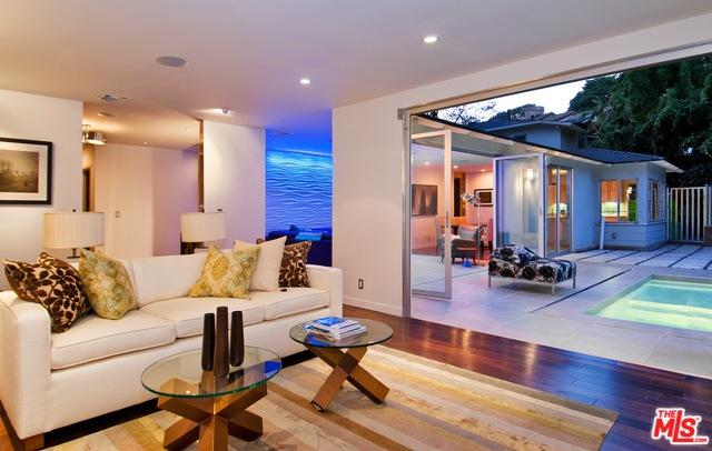 2409 N Vermont Avenue, Los Angeles (City), CA 90027 (MLS #19420642) :: The John Jay Group - Bennion Deville Homes