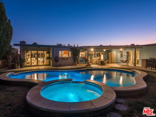 105 W Kenneth Road, Glendale, CA 91202 (MLS #19427604) :: Hacienda Group Inc