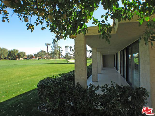 78230 Lago Drive, La Quinta, CA 92253 (MLS #19430834) :: Hacienda Group Inc