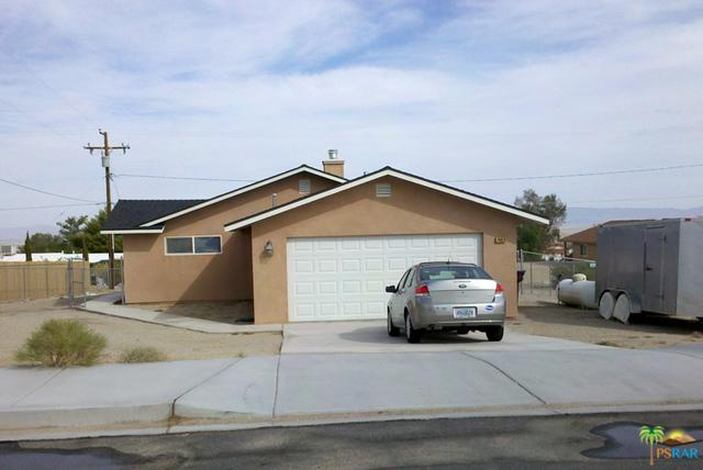 74826 Aladdin Drive, 29 Palms, CA 92277 (MLS #19439552PS) :: The John Jay Group - Bennion Deville Homes