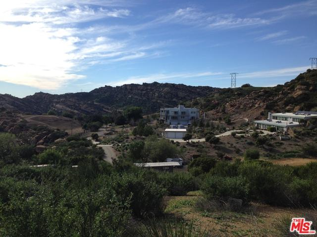7419 Studio Road, West Hills, CA 91304 (MLS #19451770) :: The John Jay Group - Bennion Deville Homes