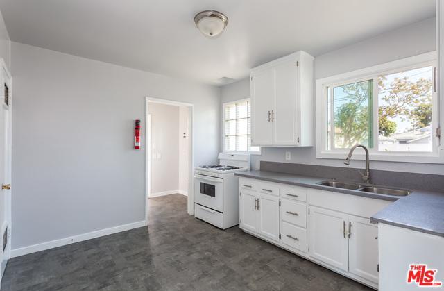 3332 W 115th Street, Inglewood, CA 90303 (MLS #19454982) :: The John Jay Group - Bennion Deville Homes