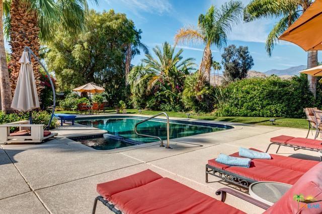 5200 Menlo Circle, Palm Springs, CA 92264 (MLS #19460882PS) :: The John Jay Group - Bennion Deville Homes