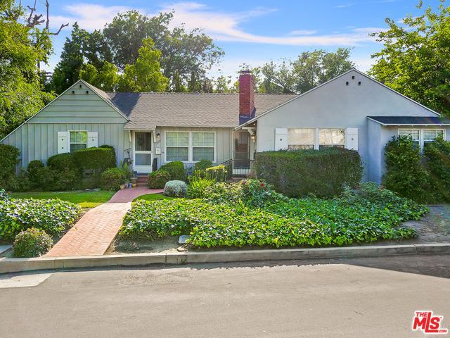 13803 Burbank, Van Nuys, CA 91401 (MLS #19473826) :: The John Jay Group - Bennion Deville Homes