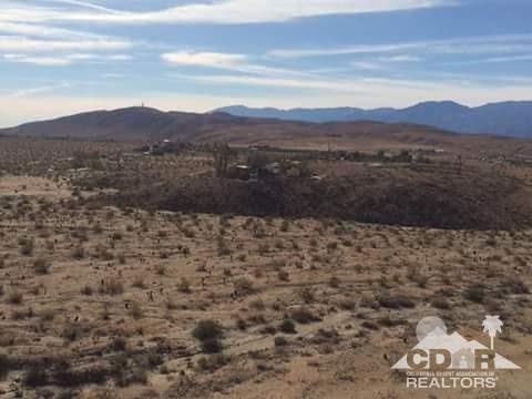 28115 Happy Valley Drive, Desert Hot Springs, CA 92241 (MLS #218022568) :: Brad Schmett Real Estate Group
