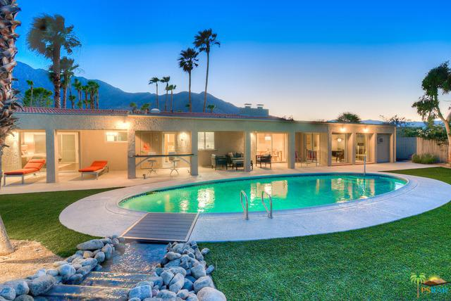 2400 N Milo Drive, Palm Springs, CA 92262 (MLS #17245470PS) :: Team Wasserman