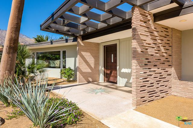 1120 E Alejo Road, Palm Springs, CA 92262 (MLS #17272982PS) :: Brad Schmett Real Estate Group
