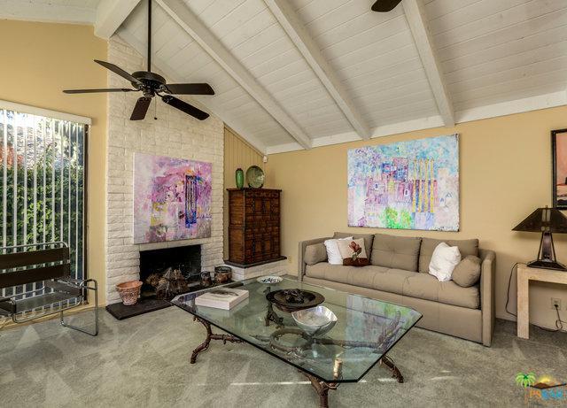 2567 S Gene Autry B, Palm Springs, CA 92264 (MLS #18303228PS) :: Deirdre Coit and Associates