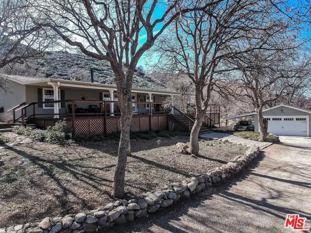 18301 Pellisier, Tehachapi, CA 93561 (MLS #18307696) :: The John Jay Group - Bennion Deville Homes