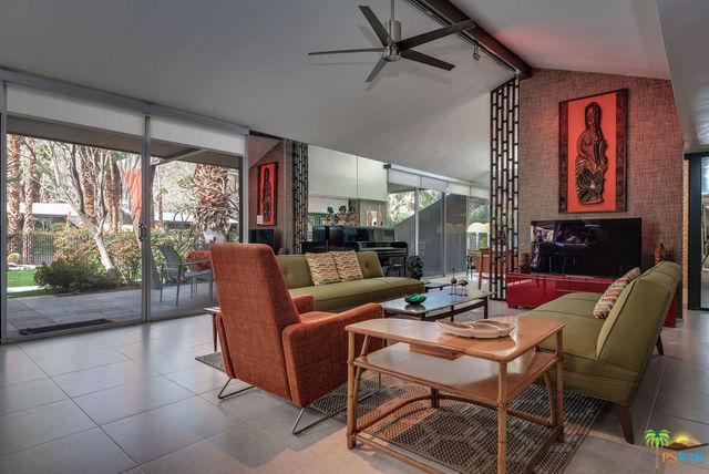 283 E Twin Palms Drive, Palm Springs, CA 92264 (MLS #19441692PS) :: Brad Schmett Real Estate Group
