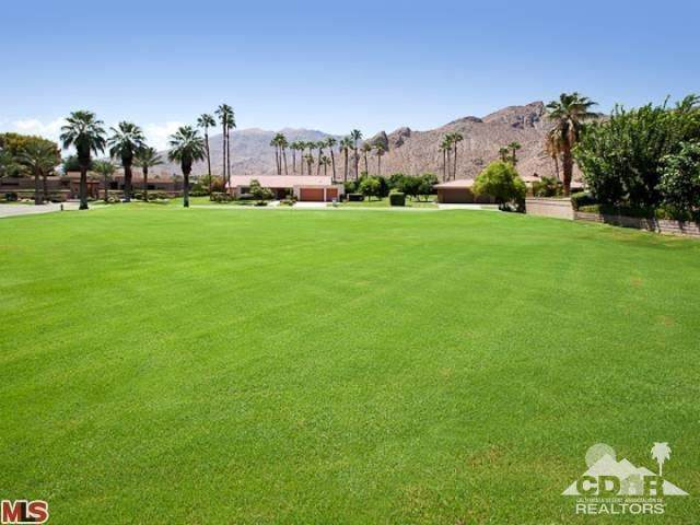 0 West Thunderbird Terrace W, Rancho Mirage, CA 92270 (MLS #217019070) :: The Sandi Phillips Team