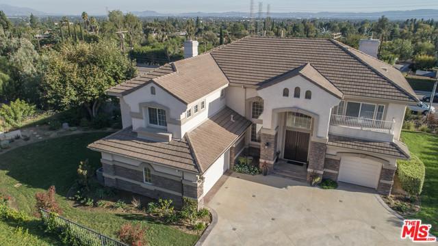 11516 Rancho Del Valle, Granada Hills, CA 91344 (MLS #17282188) :: The John Jay Group - Bennion Deville Homes